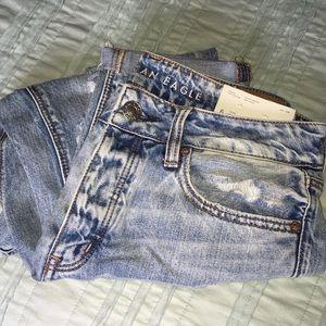 American Eagle Tomgirl Jeans - Light Vintage 6S